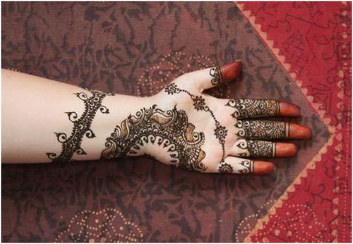 Black Mehndi Design