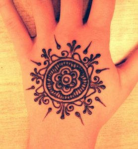 Mehndi Design Simple Flower