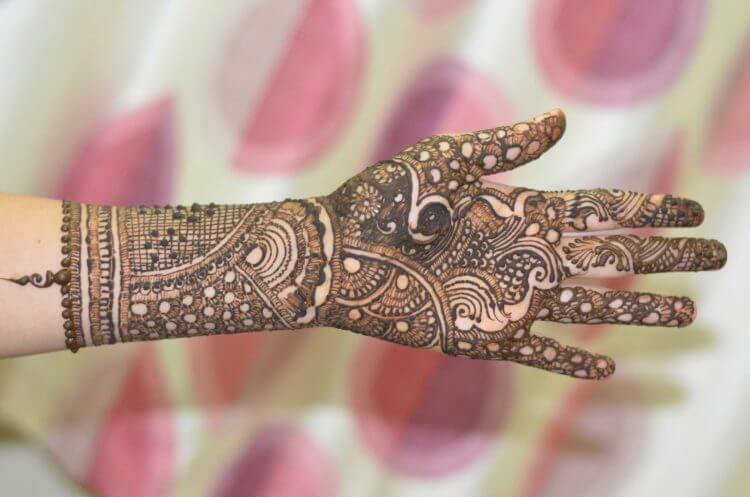 Simple Mehndi Design Images 2019 , Mehndi Design Trends