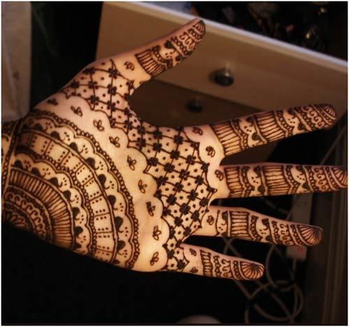 Weaves Mehndi Pattern