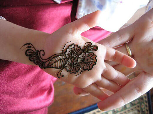 Mehndi Simple Design