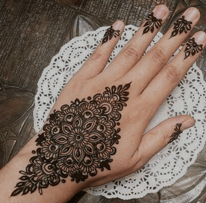 Beautiful Pattern Mehndi Design
