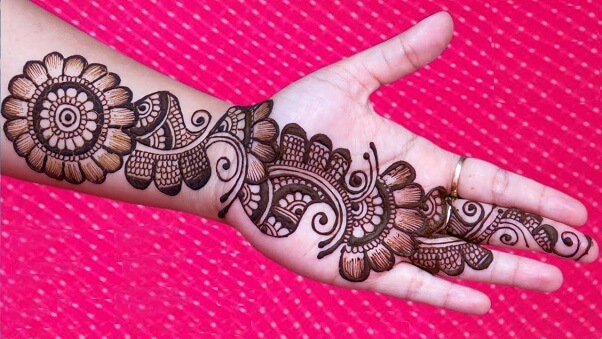 Bold Flower Arabic Mehndi Design