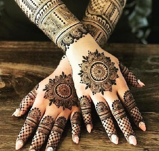 Different Floral Mehandi Design