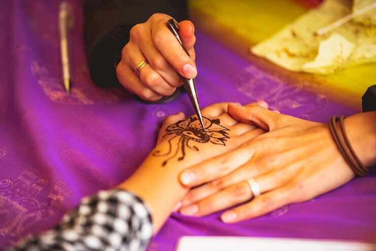 15 Easy Mehndi Designs for Beginners
