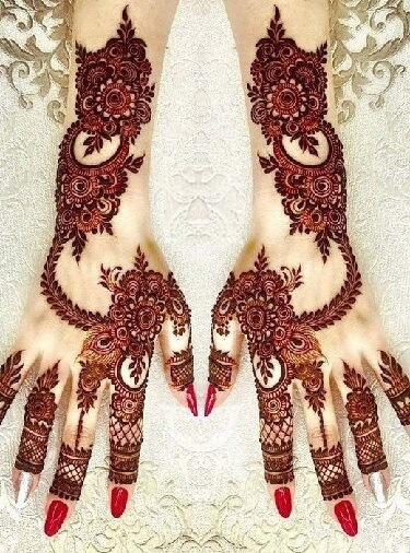 Floral And Intricate Mehndi Design For Hands