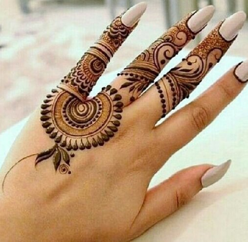 Nice Mehndi Design For Girls