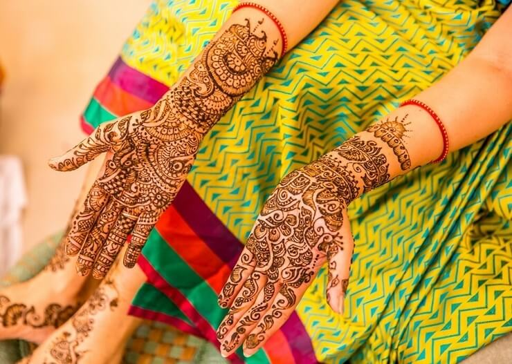 25 Wedding Mehndi Designs For This Season