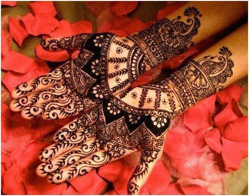 Wrist Length Bridal Mehndi Designs